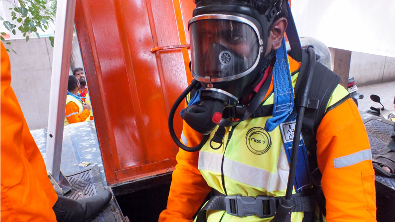 confined-space-training-01