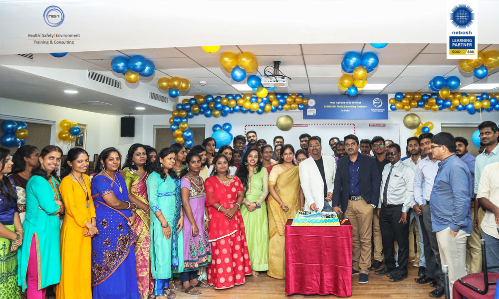 nebosh-gold-learning-partner-celebration-1000x600-02